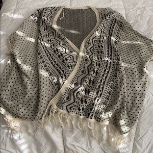 Sweater cardigan with fringe detail